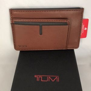 New Tumi Leather Chambers Long Card Case